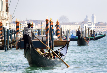 Printed kitchen splashbacks Gondolas Gondola towards San Marco, Venice