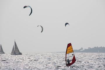 Kite- und Windsurfer 01