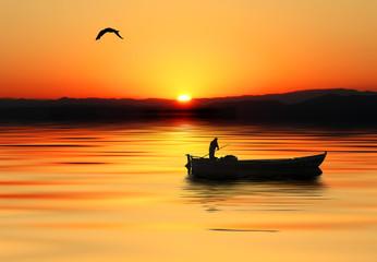 barca en el mar