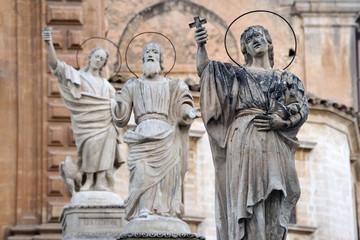 Duomo di San Pietro a Modica - I Santoni