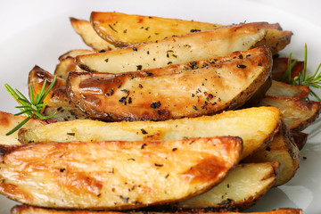 roasted rosemary garlic potato wedges