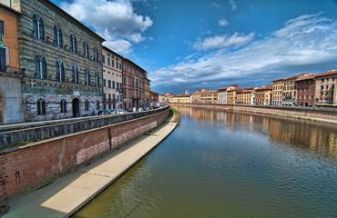 Lungarni, Pisa