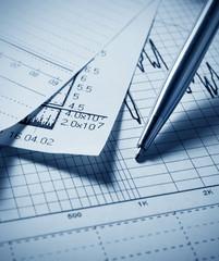 Analyzing financial chart