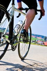 Rennradtour an sonnigem Tag