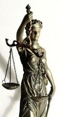 stolze Justizia 2