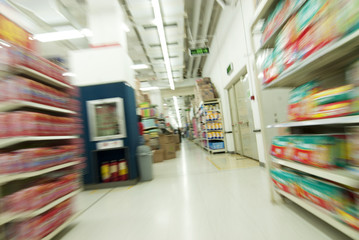 rush in supermarket