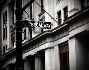 Broadway sign