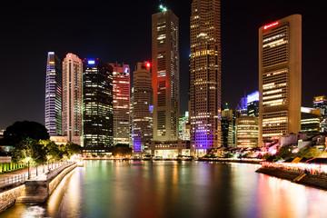 Foto op Plexiglas Singapore Singapur bei Nacht