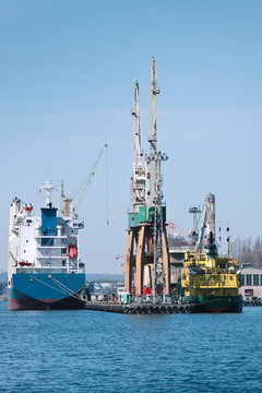 Ships and Cranes in port
