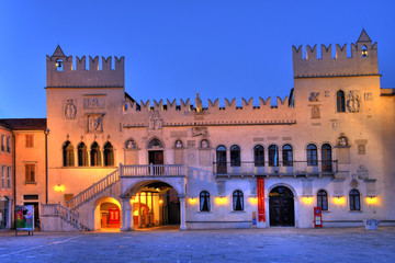 Fototapeta Palace in Koper Capodistria on a main square of biggest city on Slovenian coast obraz