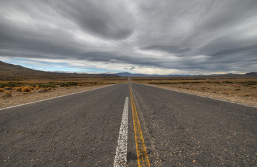 middle of the road (pampa argentina)