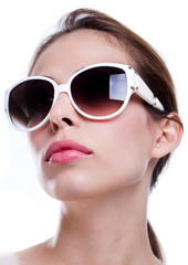 Attrractive woman with sunglasses