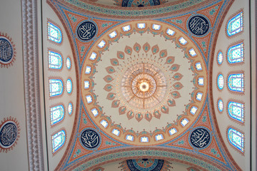 Muscat - Oman, Sultan Qaboos Grand Mosque - Interior dome Detail