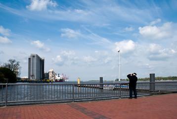 Fotograf am Hafen