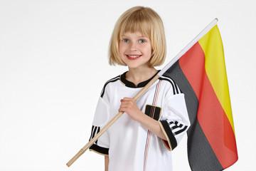 blondes Mädchen Fussball WM 11