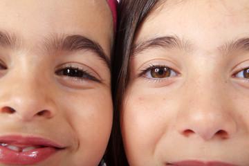 Portrait de deux filettes...