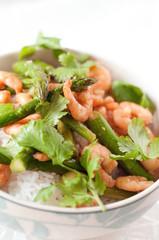 Stir-fried shrimp and asparagus in the bowl