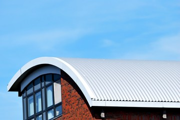 Rundes Metall Dach