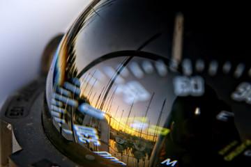 Kompass auf Segelschiff