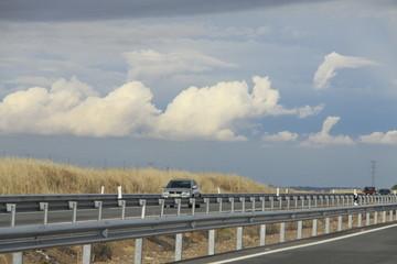 Coche en la autovía de Extremadura