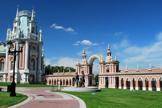 Dans le palais de Tsaritsino