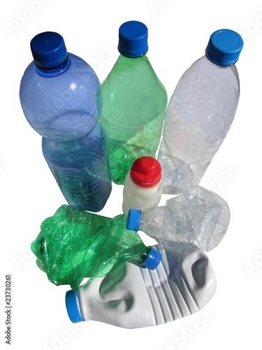 bouteilles en plastique jeter et recycler photo libre de droits sur la banque d 39 images. Black Bedroom Furniture Sets. Home Design Ideas