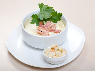 vegetable cream soup with smoked meat