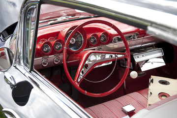 Foto op Textielframe Rood, zwart, wit Classic Red Car Steering Wheel