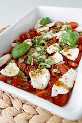 Büffelmozzarella mit Tomaten