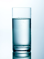 Wasserglas 8 hell