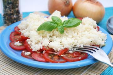 Tomatensalat mit Couscous