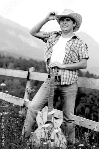 Mann Mit Gitarre Und Hut Stock Photo And Royalty Free Images On
