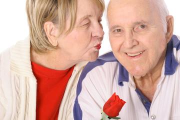 seniors valentines kiss