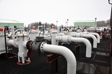 Tar sands pump facility