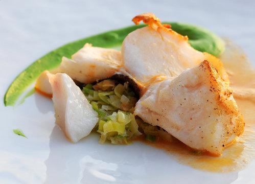 Fried codfish with leek brunoise