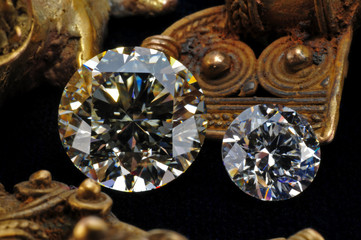 Diamanten und Inka goldschmuck