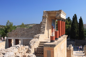 old palace ruins in Knossos