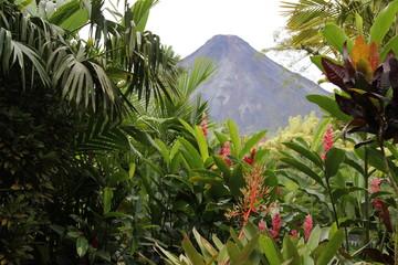 volcano-ecotour-landscape-arenal
