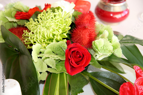 Bouquet de f te centre de table mariage stock photo and - Bouquet centre de table ...