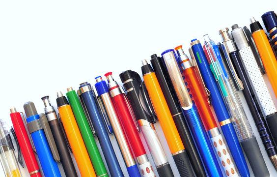 Jede Menge Kugelschreiber