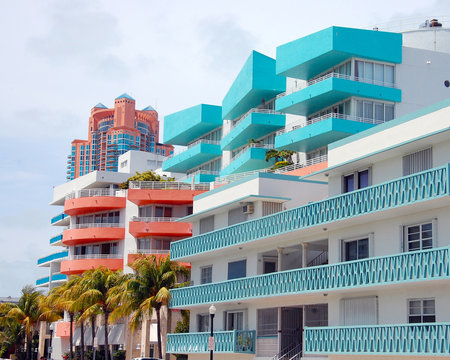 colorful houses in miami beach art deco district