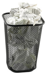 poubelle pleine de tickets de caisse, fond blanc