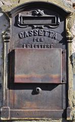 antica cassetta delle lettere