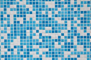 mosaico per piscina