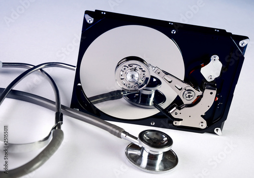 Recover files from unreadable dynamic disk