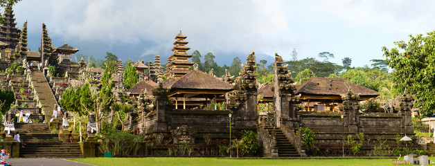 Keuken foto achterwand Indonesië Panorama of Mother Temple of Besakih in Bali