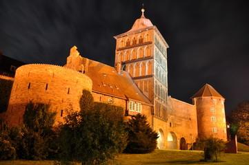 Burgtor von Lübeck by Nacht