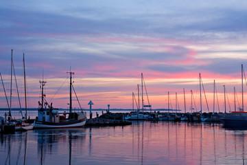 Sonnenuntergang im Hafen von Timmendorf, Insel Poel