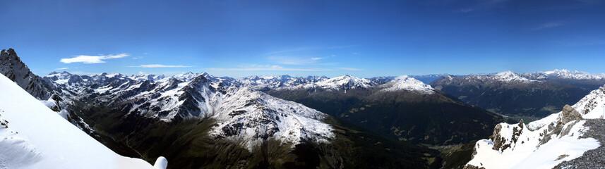 panoramica alta Valtellina dallo Stelvio
