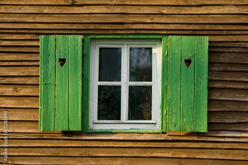 altes fenster stockfotos und lizenzfreie bilder auf bild 25285648. Black Bedroom Furniture Sets. Home Design Ideas